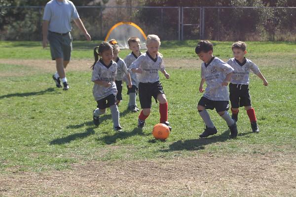 20061028_SoccerDario