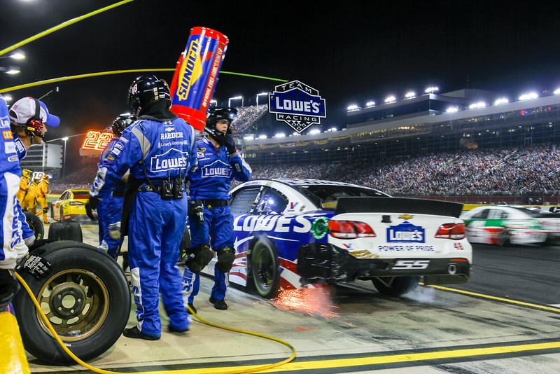 NASCAR_Lowes_193.jpg