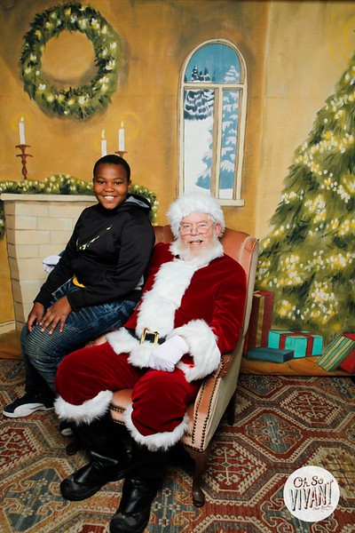 Pictures with Santa @Earthbound 12.1.2018-073.jpg