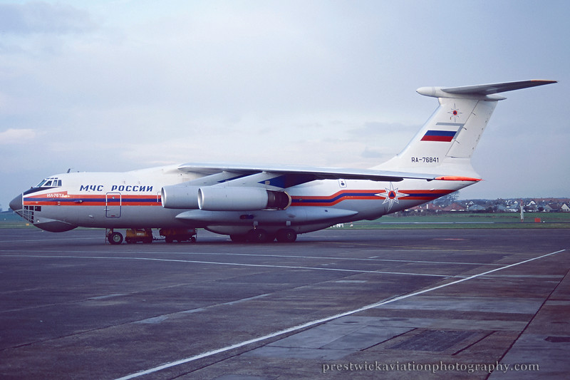 RA-76841. Ilyushin Il-76TD. MChS Rossii - Russia Ministry for Emergency Situations. Prestwick. December 1995.