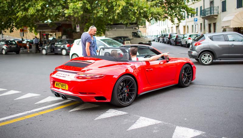 911 Carrera GTS.jpg