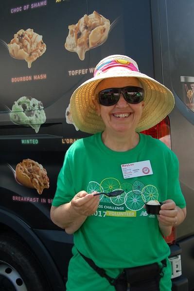 Sun-Wellesley-Sponsor-Volunteer-MaryLou-CK0101.jpg