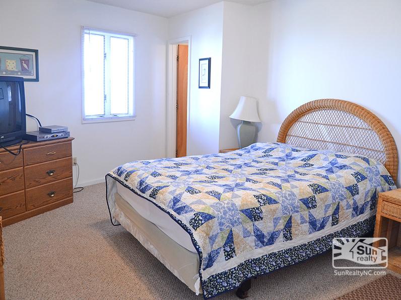 Lower-Level Queen Master Bedroom