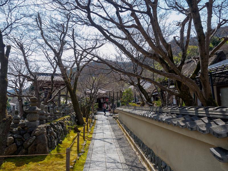 Adashinonenbutsuji