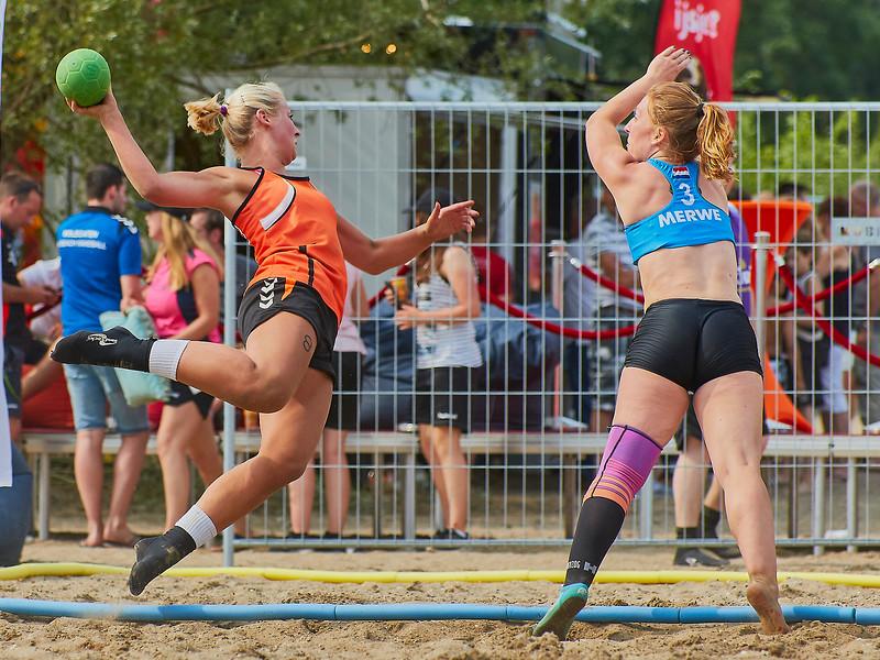 Molecaten NK Beach Handball 2017 dag 1 img 336.jpg
