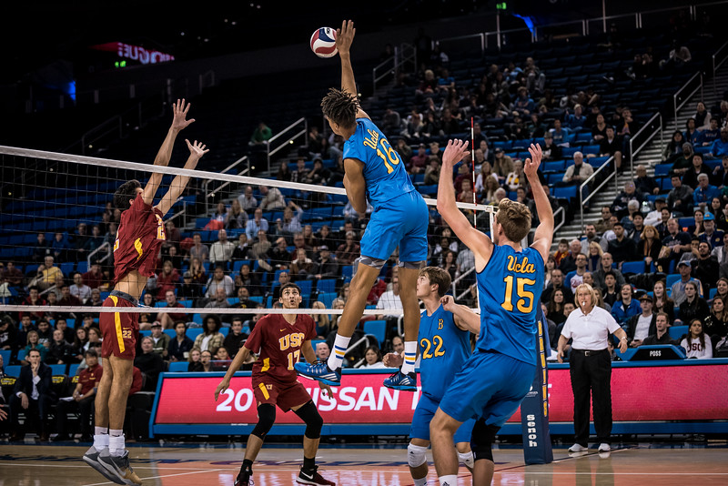 UCLA vs. USC (2017)