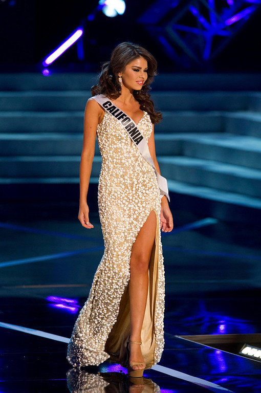 . Miss California USA 2013, Mabelynn Capeluj, competes in her evening gown during the 2013 MISS USA Competition Preliminary Show at PH Live in Las Vegas, Nevada June 12, 2013.  She will compete for the title of Miss USA 2013 and the coveted Miss USA Diamond Nexus Crown LIVE on NBC starting at 9:00 PM ET on June 16th, 2013 from PH Live.  Picture taken June 12, 2013.  REUTERS/Darren Decker/Miss Universe Organization L.P., LLLP/Handout via Reuters