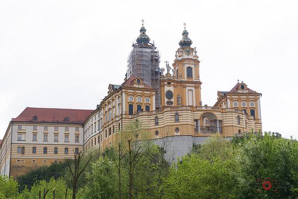 Apr 18 - Melk + Duernstein + Vienna - Austria