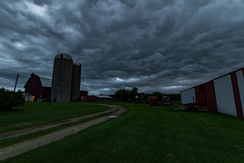Osinga-Farm-5.30AM.jpg