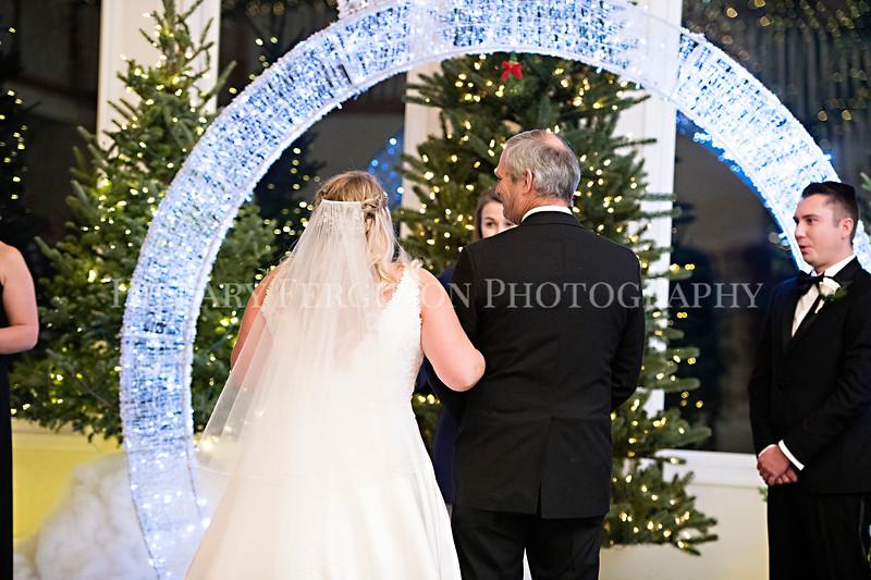 Hillary_Ferguson_Photography_Melinda+Derek_Ceremony059.jpg