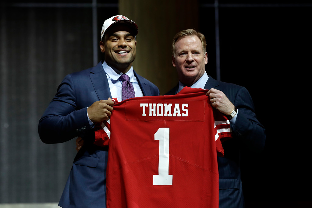 . Stanford\'s Solomon Thomas, left, poses with NFL commissioner Roger Goodell after being selected by the San Francisco 49ers during the first round of the 2017 NFL football draft, Thursday, April 27, 2017, in Philadelphia.(AP Photo/Matt Rourke)