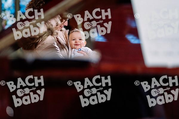 © Bach to Baby 2019_Alejandro Tamagno_Kensington_2019-10-16 017.jpg