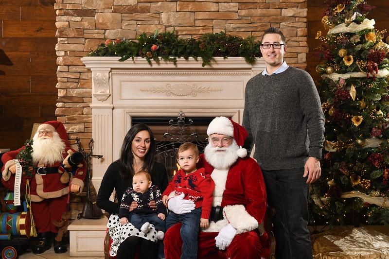 Santa2018.TylerBoye.-199.jpg