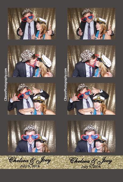 Chelsea + Joey = Open Photobooth