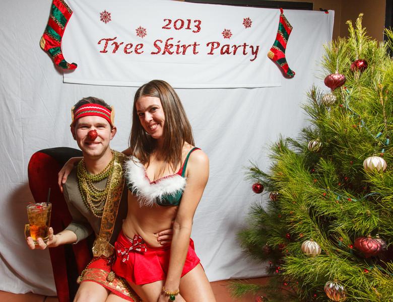 TreeSkirt2013-214.jpg