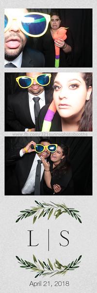 ELP0421 Lauren & Stephen wedding photobooth 80.jpg