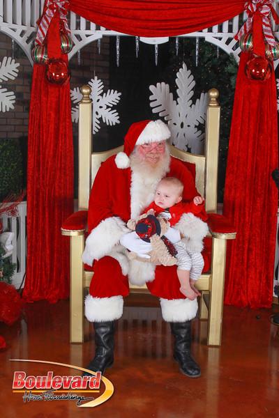 Santa 12-10-16-389.jpg