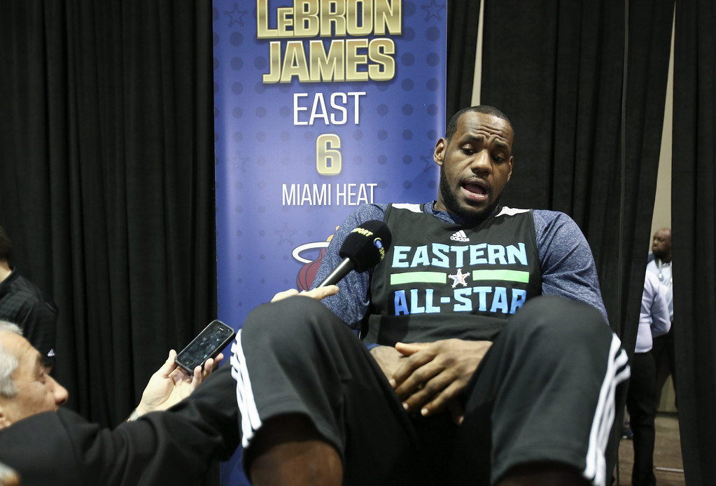 . Eastern Conference forward LeBron James takes questions from the fans at the Jam Session during activities for the NBA All-Star Game weekend in New Orleans, Louisiana, USA, 15 February 2014. The NBA All-Star Game will be played 16 February.  EPA/DAN ANDERSON