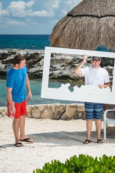 9941_LIT-Photos-on-the-Beach-641.jpg