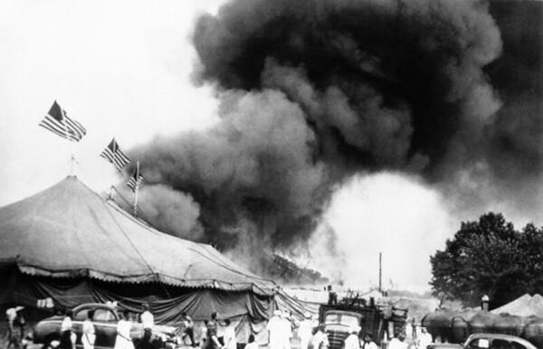 CircusFire- tent burning::1