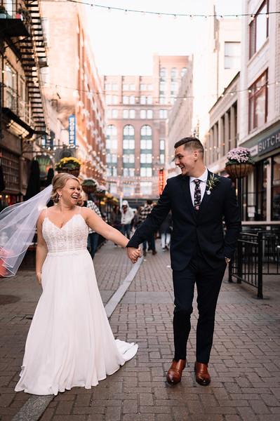 Wedding Photographer Cleveland   Miranda & Devon's Cleveland Wedding