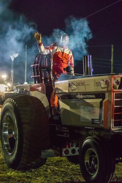 Tractor Pulling 2015 V3-0219.jpg