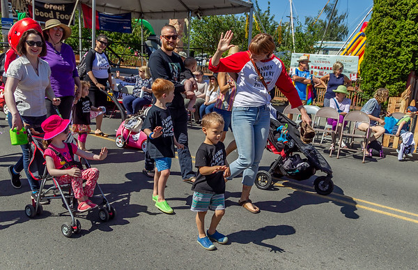 the Kids Parade, Vashon Island Strawberry Festival 2019