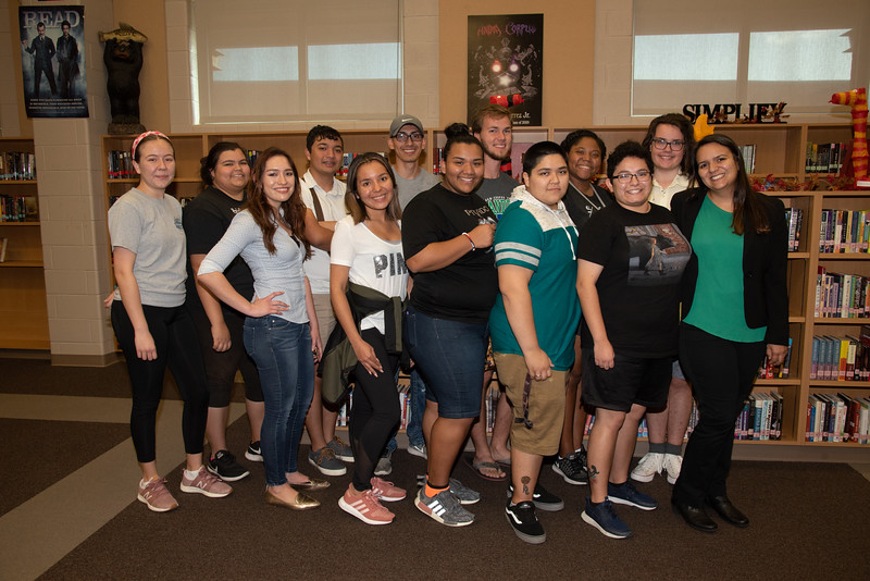 Veronica Fernandez (left), Kendra Baez, Lauren Cook, Omar Alvarado, Lizette DelaRosa, Fernando Rocha, Brianda Ramirez, Garrett Swenson, Justice Wallace, Kristen Jones, Isabella Ramos, Jonathan Maul, and Mara Barbosa (Professor) after a successful  Spanish session at West Oso High School Event.