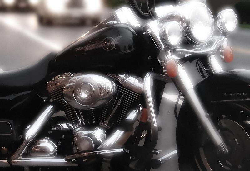 Harleyglowing.jpg