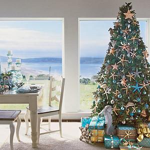 1212_holiday-style-tree-l.jpg