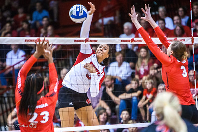 UW Sports - Volleyball - Sept 10, 2015
