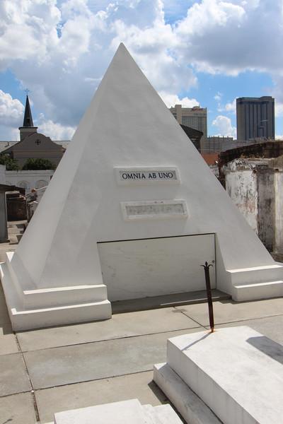 Future gravesite for Nicholas Cage