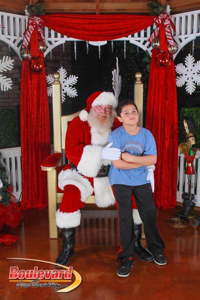 Santa 12-10-16-44.jpg