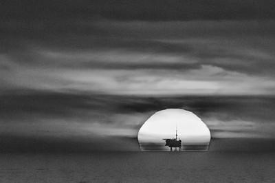 North Sea: Swift Platform - Tankers - Wind Farm