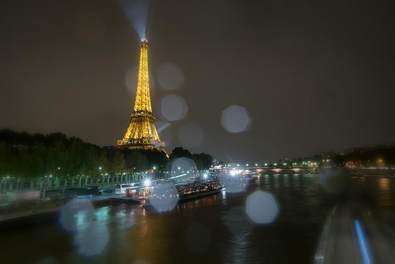 Eiffel Tower F7932.jpg