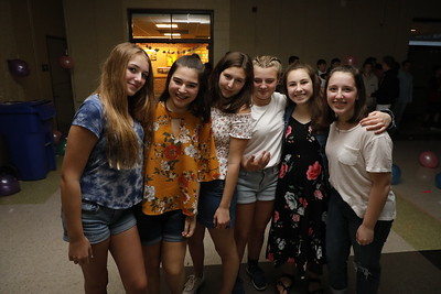 2019 8th Grade Dance 05.03