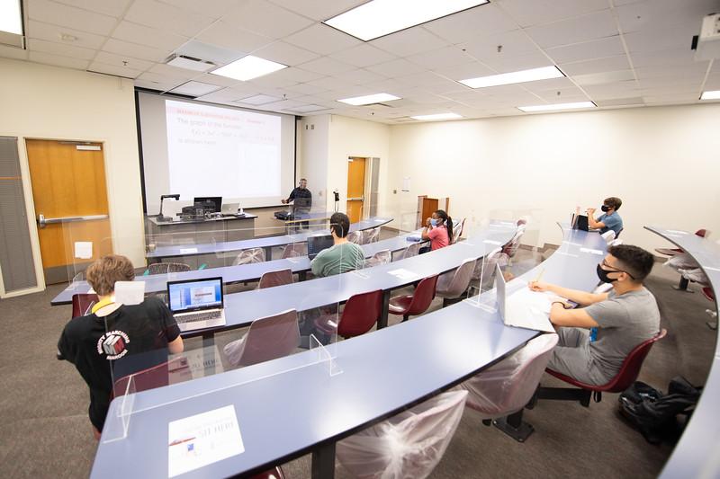 20201022-ClassroomPhotos-7720.jpg