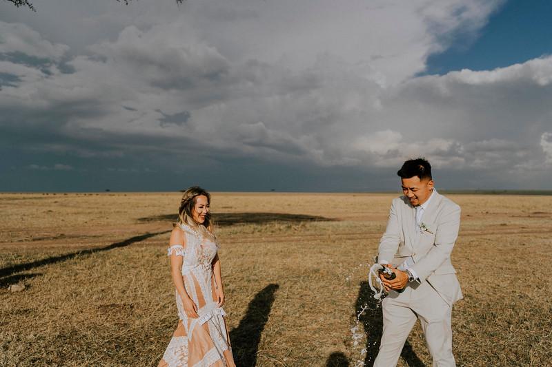 Tu Nguyen Destination Wedding Photographer Kenya Elopement Vivian Andy-550 Kopie.jpg