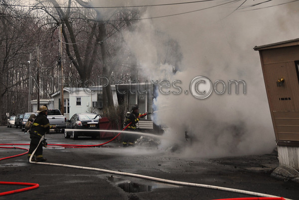 MOONACHIE, NJ 2ND ALARM 6 SIXTH ST 4/4/11
