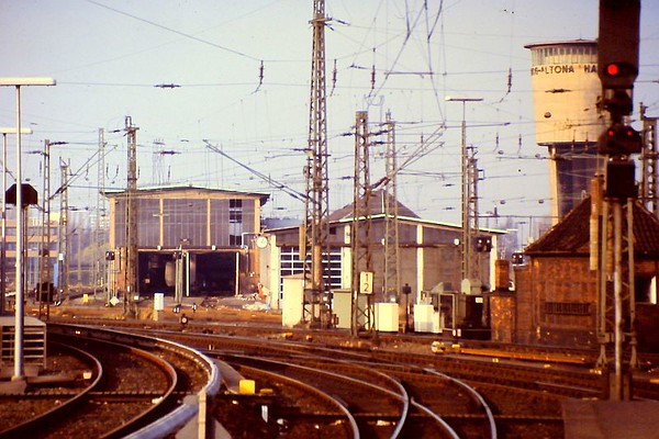 Hamburg Altona depot, as seen from Hamburg Altona terminus, 24th February 1990.