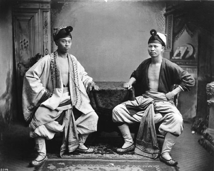 Chinese male actors in costume, ca.1900