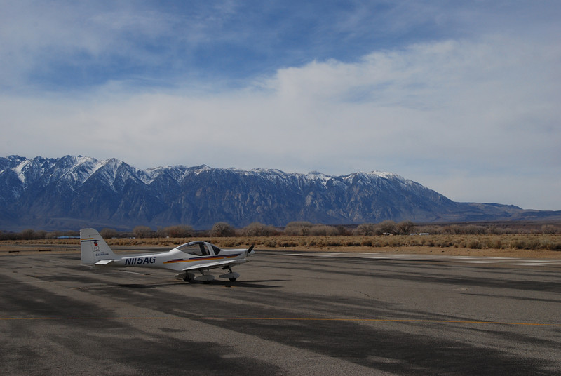 Bishop airport, fuel stop