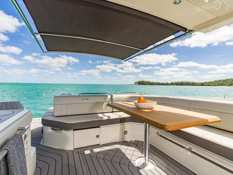 2020-SLX-R-400-e-Outboard-sureshade-01.jpg