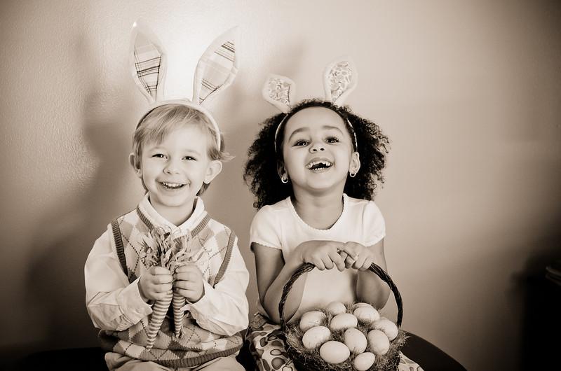 Easter_Elliott and Nevaeh -8867.jpg