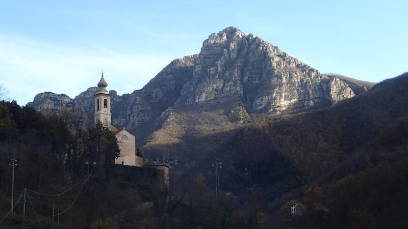 Castel Ermo from Nasino