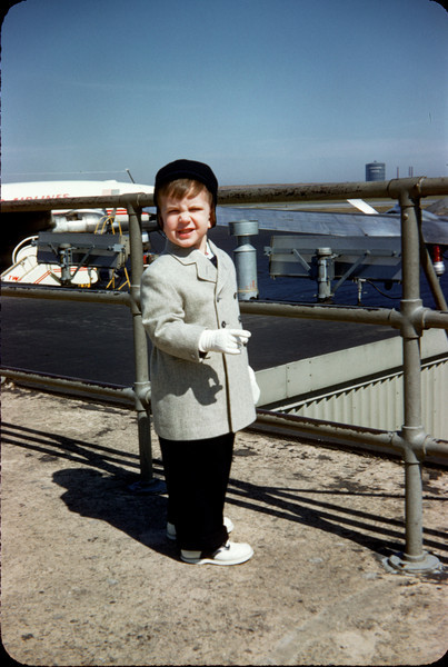 richard at lga easter 1958.jpg