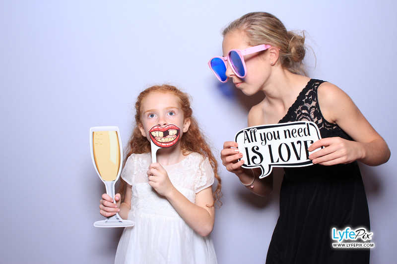 phoenix-maryland-wedding-photobooth-20171028-0357.jpg