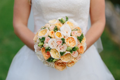 Peach and Gold wedding bouquet