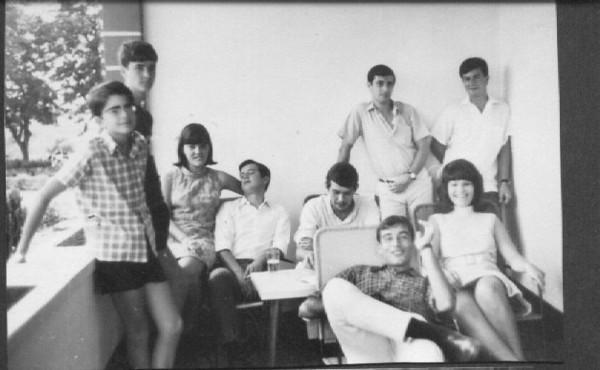 Nelrique Patrone, Joca Fontinhas, Teresa Fontinhas, Manel Fernando, Birita, Bina Pereira, Ze' Manel Pinho Barros, e ??