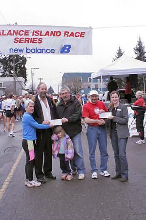 2005 Comox Valley Half Marathon - ComoxHalf2005-Al-Livsey-006.jpg